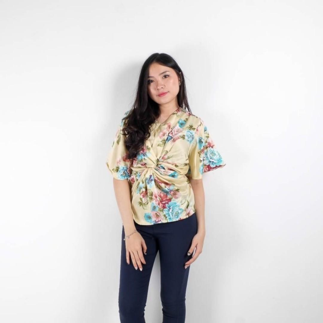 jillan flower blouse