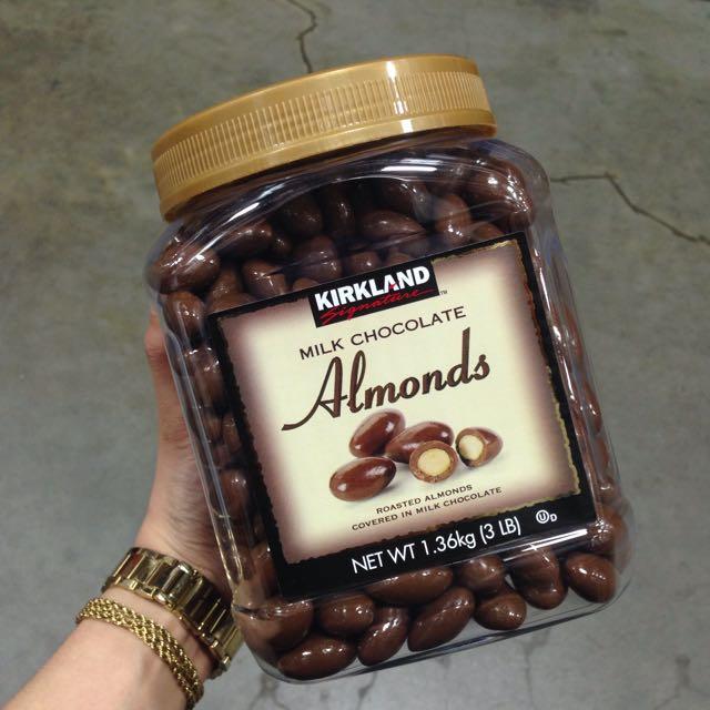 Kirkland Milk Chocolate Almonds (1 36kg), Food & Drinks on