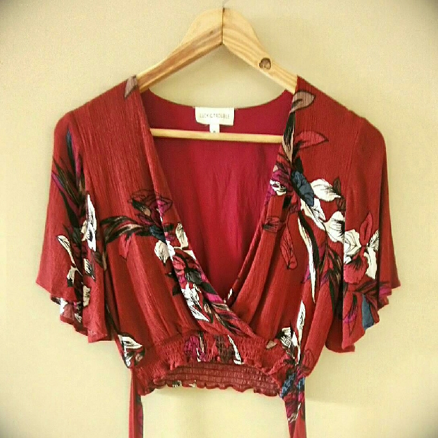 Luck & Trouble Happy top Burgundy