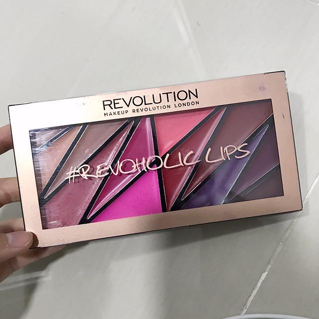 Makeup Revolution Revoholic Lips Palette