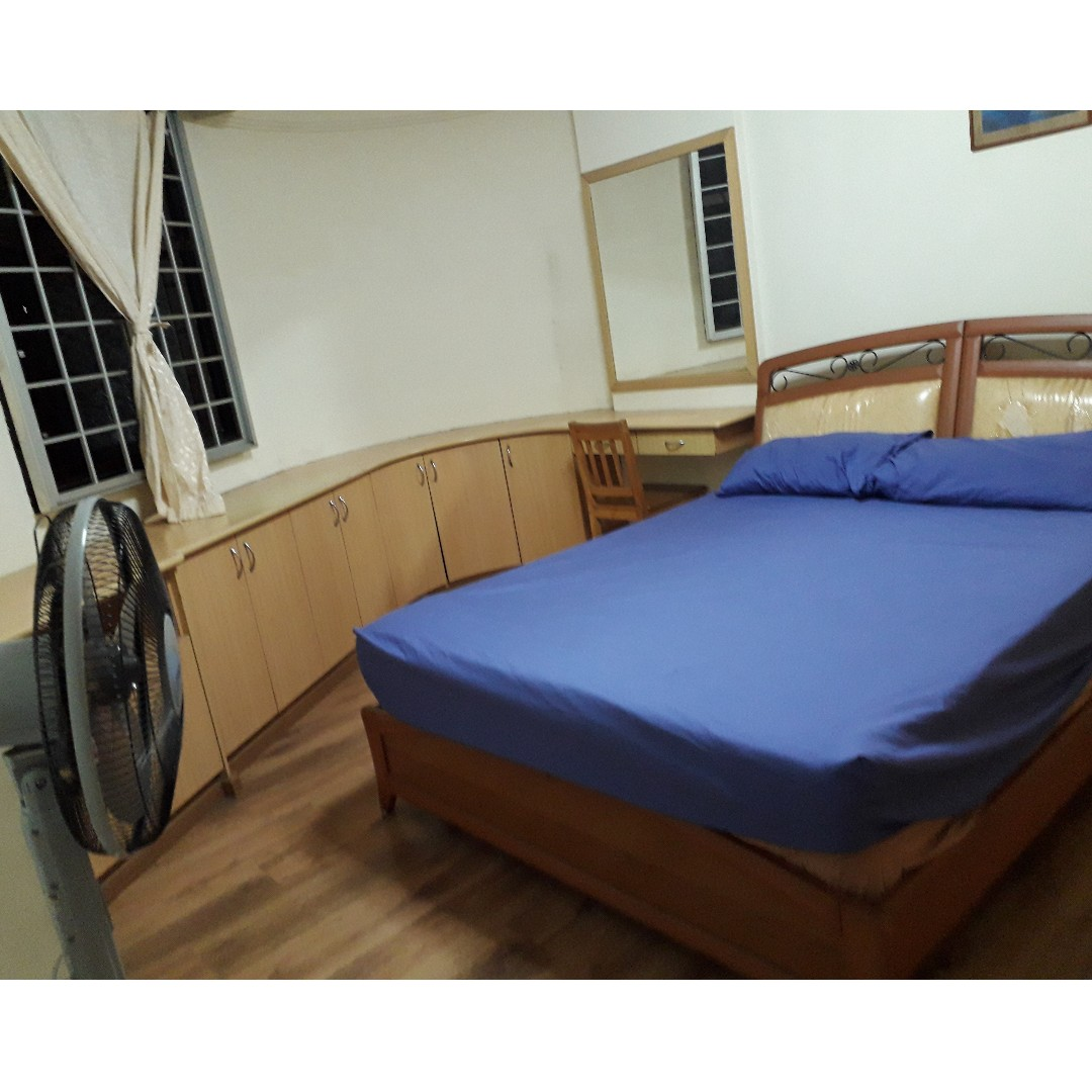 Master Room Rental For Couple 650 Single 550 Pub Included