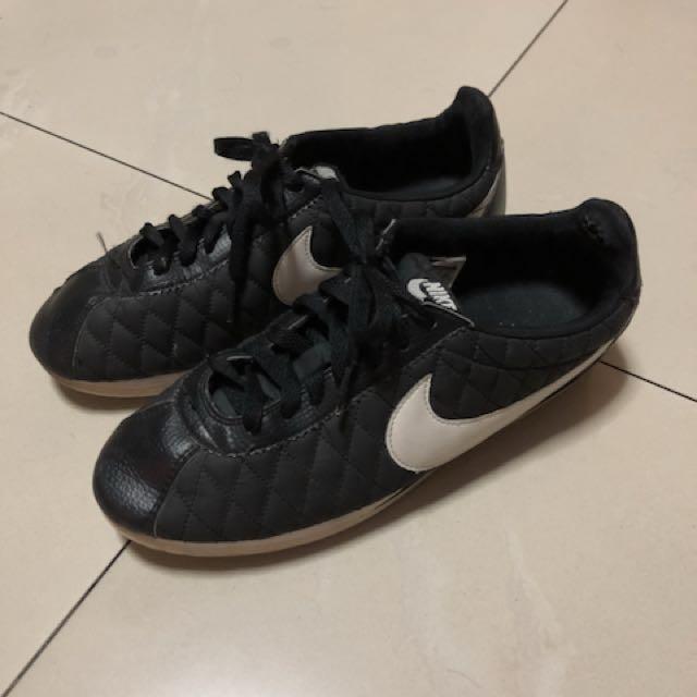 Nike CORTEZ Preloved Fesyen Pria Sepatu Di Carousell