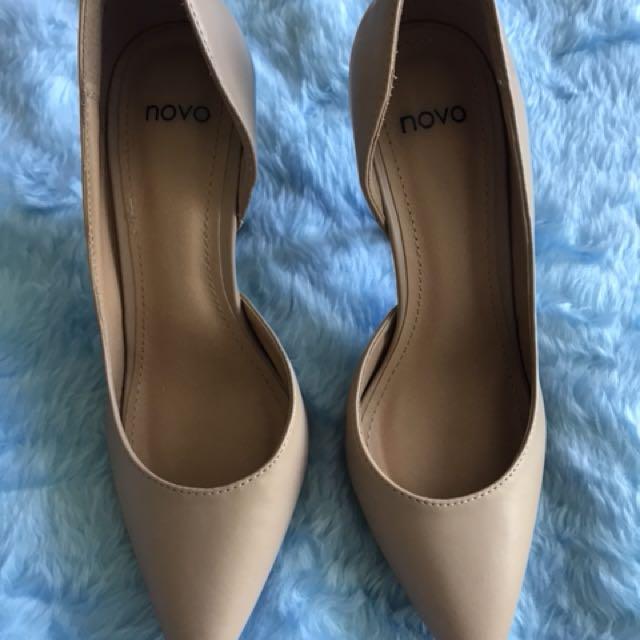 Novo heel