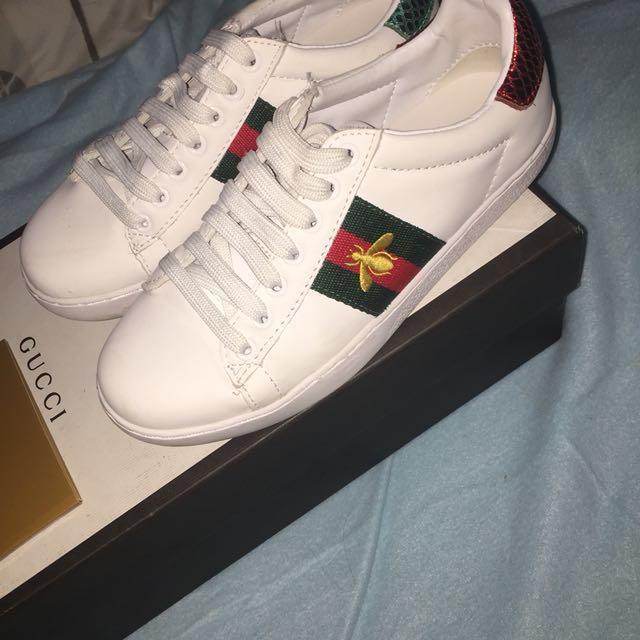 a78a2b7e04a Preloved Gucci Ace Sneakers Bee REPLICA