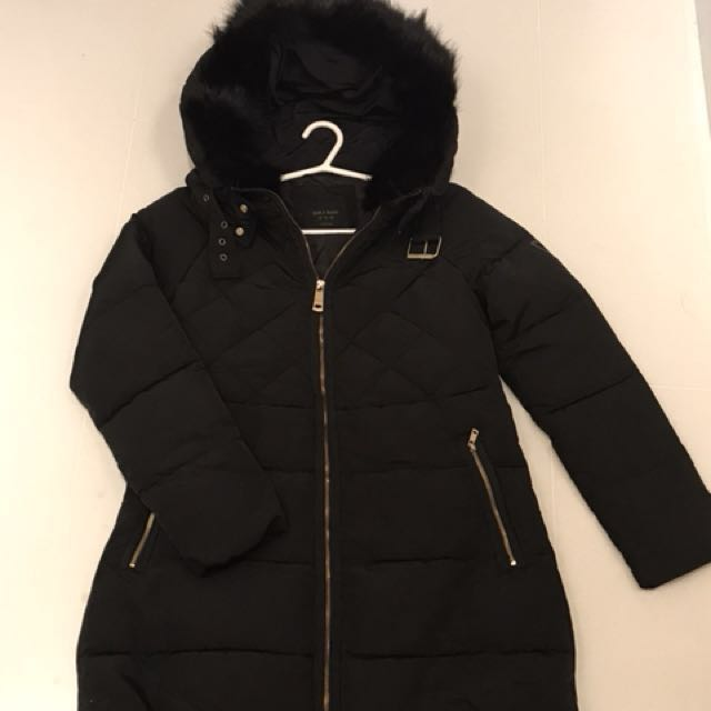 0be6dd33 Preloved Zara Winter Jacket, Women's Fashion, Clothes, Outerwear on  Carousell