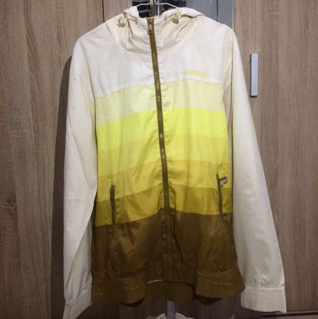 Pull & Bear jacket parasut