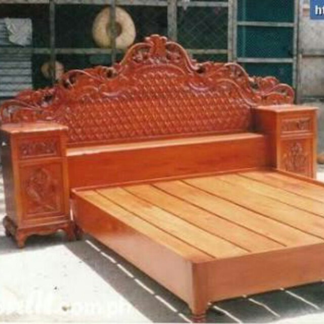 Queen size bed furniture