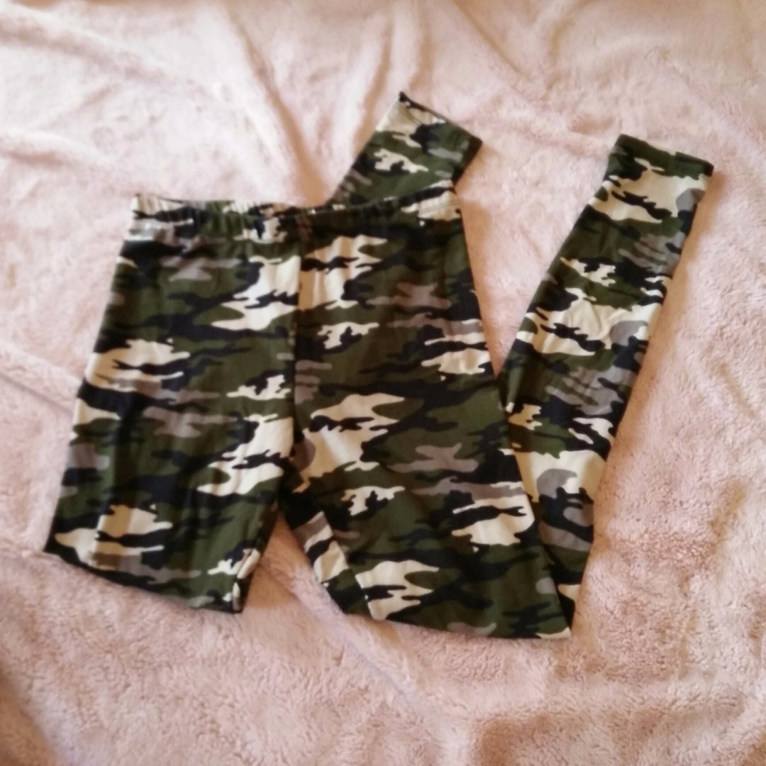 Soft Camo Camouflage Print Leggings