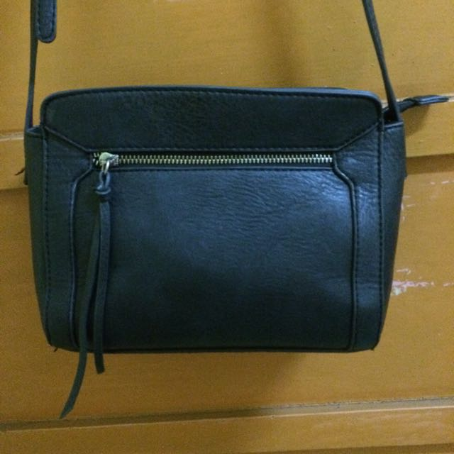Stradivarius Slingbag Original