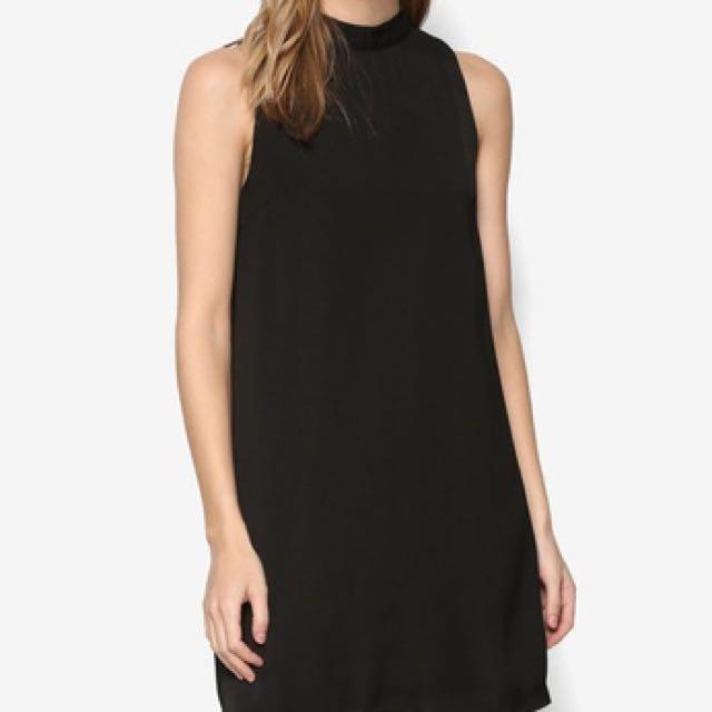📮✔️Zalora black shift halter dress
