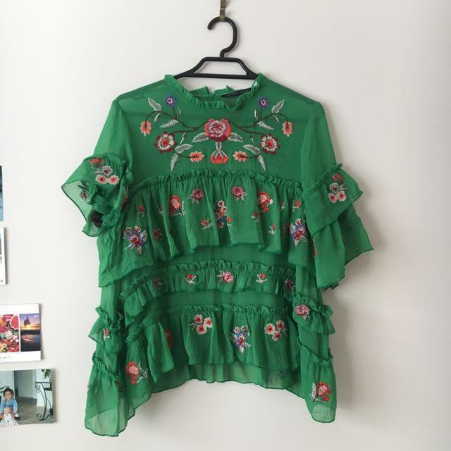 a36e14a84ea7 Zara Green floral top on Carousell