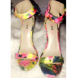 Size 8.5 or 9 narrow fit multicolour heels
