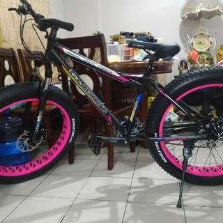 Black diamond fat bike 26x4.0