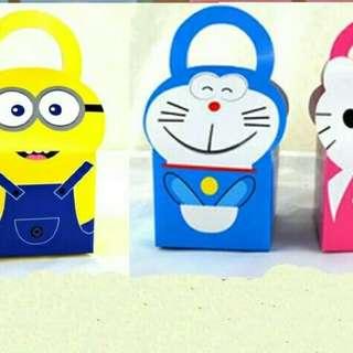 Hello Kitty Minion Doremon Candy Birthday Gift Box