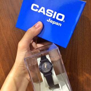 Casio Women's Black Resin Strap Watch LQ-139AMV-1ELDF