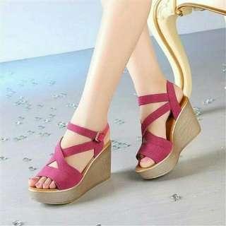 Sepatu Wedges Silang Cantik Elegant