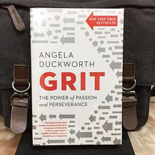 "# Highly Recommended《Bran-New + TED Talks Speaker + 2016 Hardcover Collection Edition 》Angela Duckworth - GRIT ""坚毅"": The Power of Passion and Perseverance"
