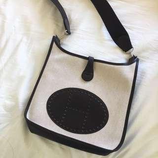 Hermes Evelyn cross body bag