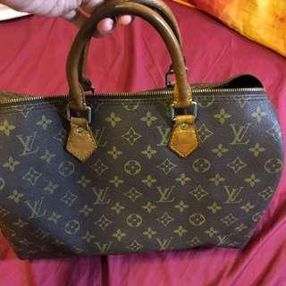 Preloved Authentic Louis Vuitton Speedy 30