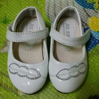 Baby girl shoes -size 21