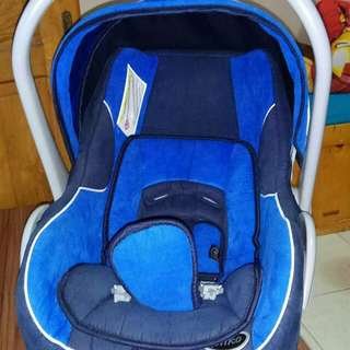 Carseat pliko infant