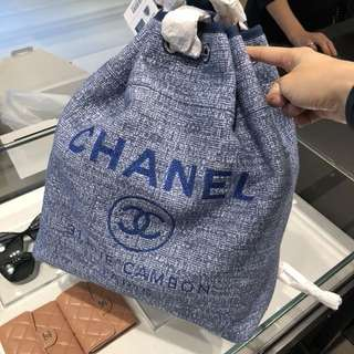 Chanel 新款深藍色帆布backpack