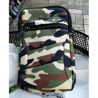 Multi purpose bag in unique camouflage for your tablet,phone