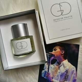 GD moonshot perfume