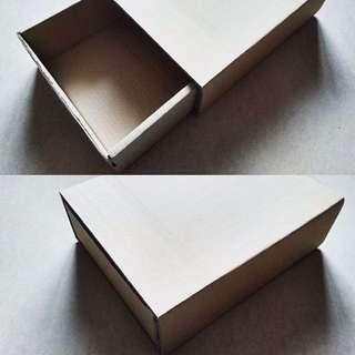 Kerdus / Box