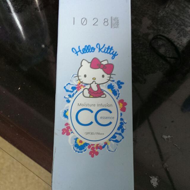 全新@1028限量限定版holle Kitty貓高評價全效保濕CC精華霜日常防曬防塵SPF30 AP++