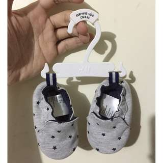 H&M shoes / slip-ons for babies (newborn and 0-3 months)