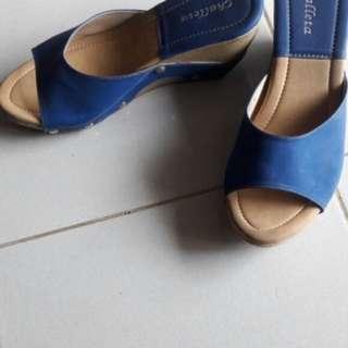 blue wedges / sepatu hak tinggi biru