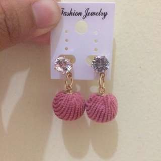 ANTING POMPOM / EARINGS / EARRING