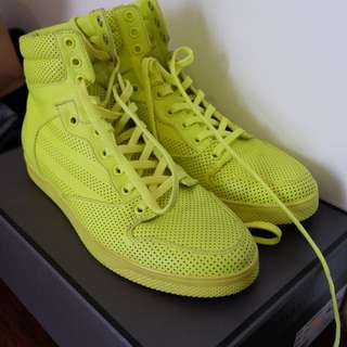 Pedro yellow sneakers boots never used