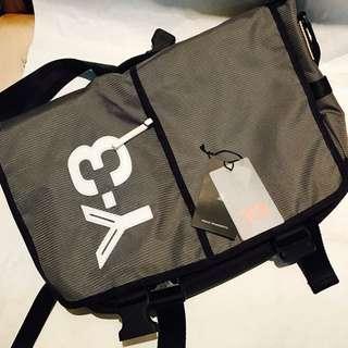 🚚 Y-3 側背包(筆電公事包)