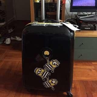 全新名牌Delsey 迷你兵團Minions行李箱喼