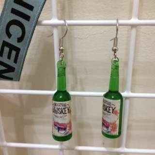 💕(現貨)擬真酒瓶垂釣耳飾