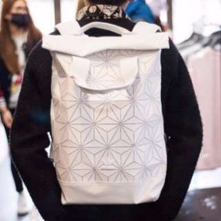 🔥[ Good deal] BN authentic adidas issey miyake 3D mesh white backpack