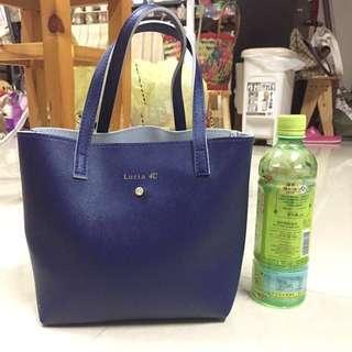 $39 💯% NEW Lady's handbag with 💎diamond