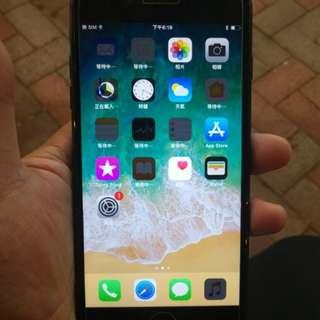 Iphone 7 plus亮黑128GB港版小花