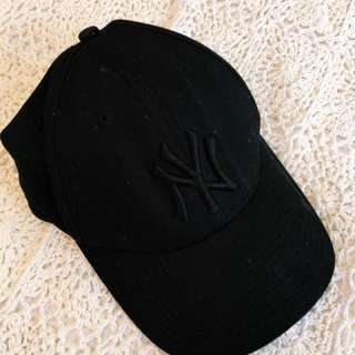 AUTHENTIC BLACK NY CAP