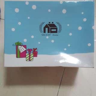🎄 Ideal Christmas Gift - BNIP Milton Home 2 cutie Bears & Face Towel Set