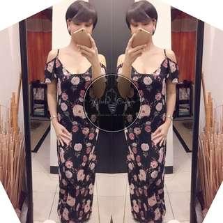 (REGULAR) Naomi Cold Shoulder Maxi Dress