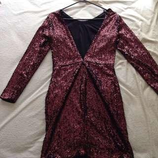 Low back sequins dress