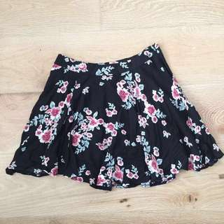 Vintage Summer Floral mini flowy skirt SZ 8 S