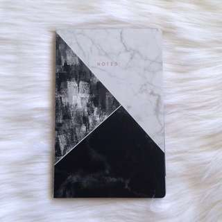 Marble notebook (black/white)