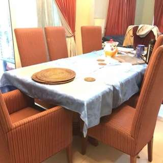 8-seater Dining Table only rush sale