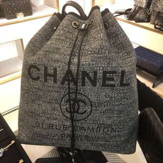 Chanel Canvas 灰黑色Backpack