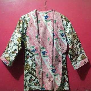 outer batik bisa bolak balik 2 motif cokelat/pink