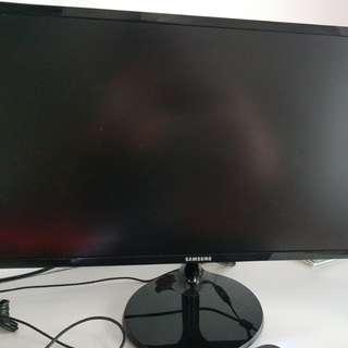 "Samsung 24"" Full HD Monitor (S24F350)"